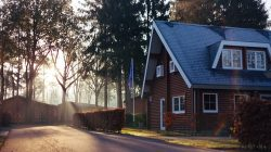 Thinking of building a custom home? Check out the below tips!